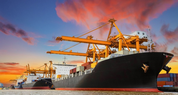 Bộ công thương chỉ ra cách giúp doanh nghiệp Việt tăng xuất khẩu nhưng không tốn sức 'mang chuông đi đánh xứ người'