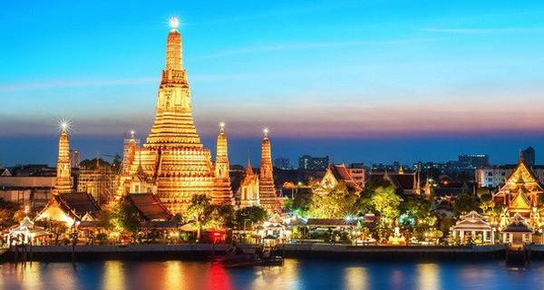"""Thái Lan """"đau đầu"""" khi khách du lịch quốc tế tăng chóng mặt"""