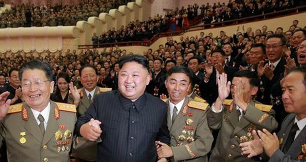 Mỹ sẽ thả 25 triệu iPhone xuống Triều Tiên để hạ nhiệt căng thẳng?