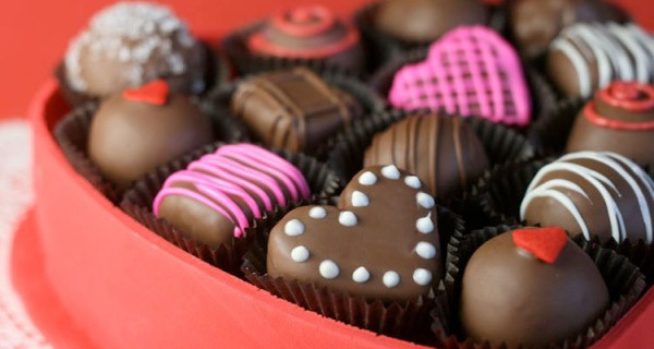 Đừng tặng chocolate nữa, đó là món quà sáo rỗng nhất ngày Valentine