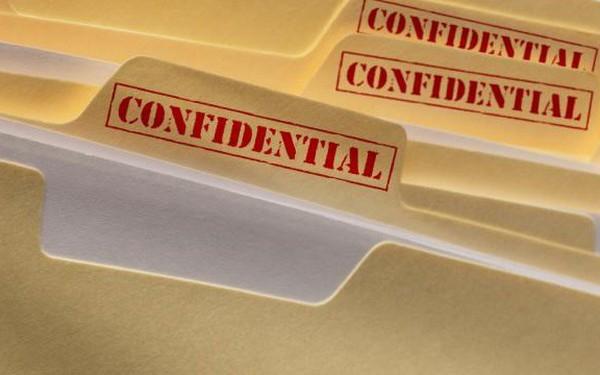 """Chính phủ Australia """"sốc"""" khi hàng trăm tài liệu mật bày bán công khai"""
