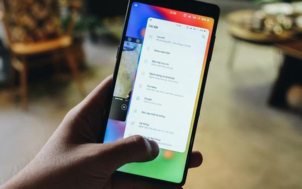 """Bphone 3 có thao tác cử chỉ rất """"đã"""", nhiều tính năng mà đến iPhone X cũng không có"""