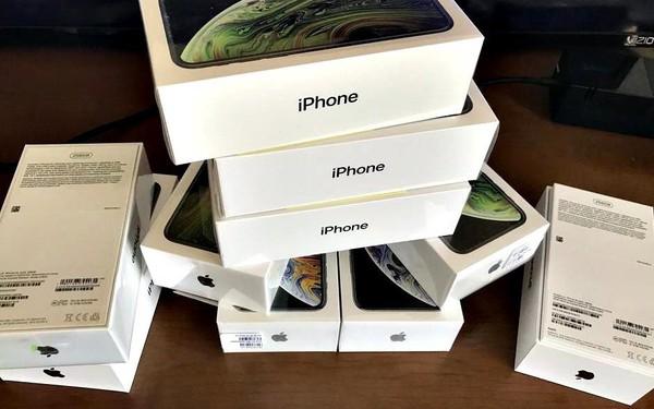Phát hiện lô hàng khủng 1.157 chiếc iPhone Xs, Xs Max, 7 Plus nhập lậu tại Nội Bài
