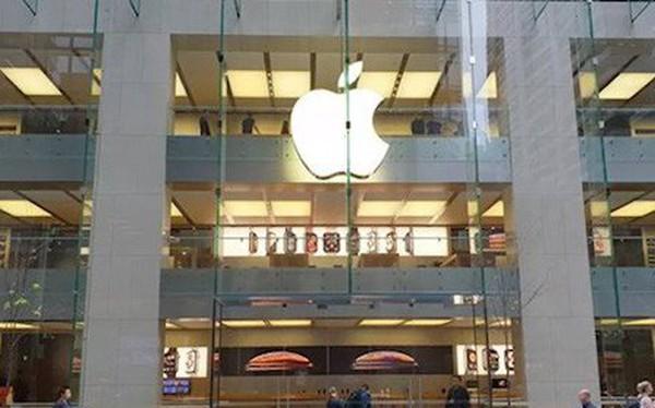 """Vì sao các Apple Store trở nên """"đìu hiu"""" trong ngày đầu mở bán iPhone XR?"""