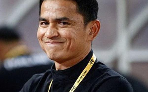 Kiatisak: Bóng đá Việt Nam chưa cần 10 năm đã sắp bằng Thái Lan
