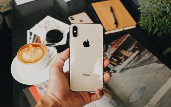 iPhone mới hút khách, 3.400 máy đã được đặt mua tại FPT Shop ngay trong ngày đầu
