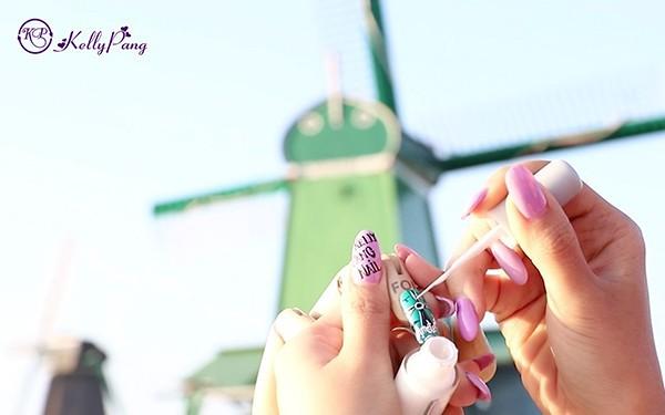 Đam mê nghệ thuật Nail cô gái trẻ vẽ ngay tại những thắng cảnh nổi tiếng