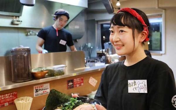 Doanh nghiệp Nhật nâng lương bán thời gian để giữ nhân công