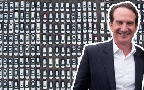 """Triệu phú nổi tiếng Mỹ thẳng thắn: """"Mua ô tô mới tinh là một quyết định sai lầm"""""""