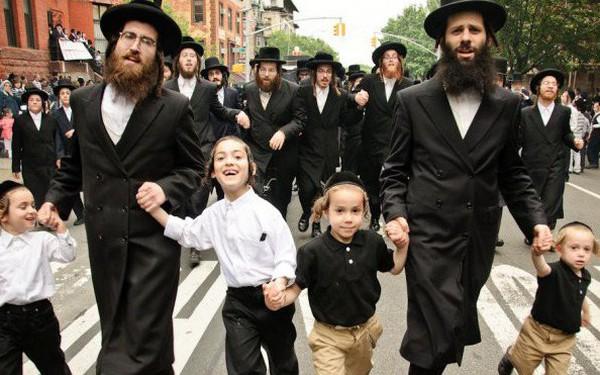 Sở hữu 22% số giải Nobel, 41% số giải Nobel kinh tế, chiếm 11% số tỷ phú trên toàn cầu, nhưng vì sao người Do Thái lại 'khó sống' ở châu Âu?