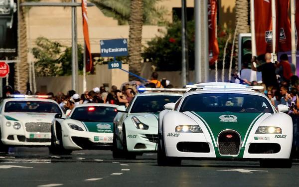 Cảnh sát Dubai được cấp xe bay giá hơn 3 tỷ đồng truy đuổi tội phạm