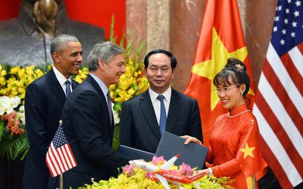 'Soi' chữ ký, đoán tính cách của các doanh nhân lẫy lừng sinh năm Tuất tại Việt Nam