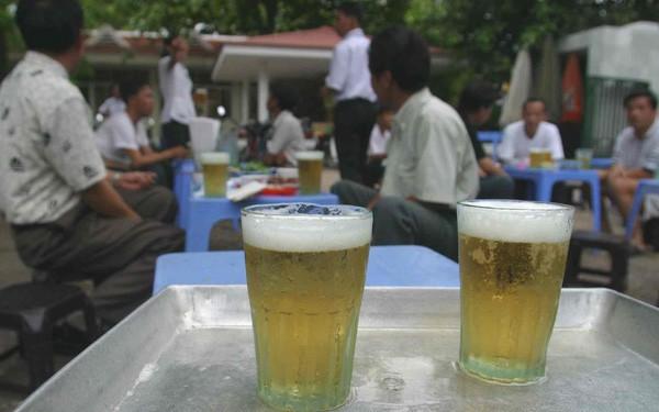 Nghiên cứu lạ: Càng tiến hóa người Đông Á càng không uống được bia rượu