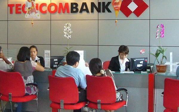 Techcombank vượt qua Vietcombank trở thành ngân hàng có nhân sự kiếm tiền giỏi nhất