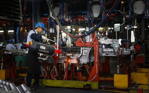 Xuất xưởng một chiếc xe hơi cần những bước gì?