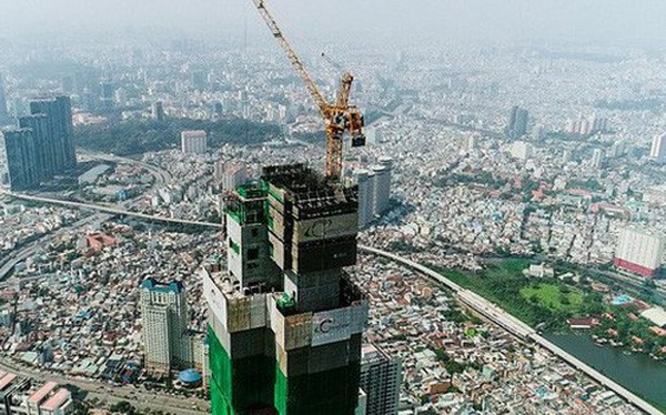 """Điểm chung của 4 tỷ phú đô la Việt Nam: Kinh doanh nhiều lĩnh vực khác nhau nhưng đều là """"đại gia"""" bất động sản"""
