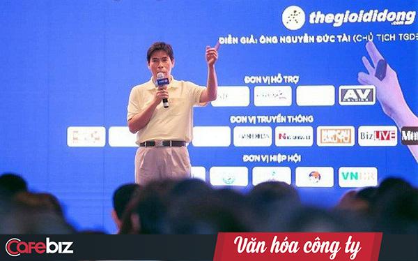 Từ chiếc áo vàng 'thần thánh' mặc suốt 6-7 năm của Chủ tịch Nguyễn Đức Tài đến thông điệp chiến lược tập trung của Thế giới di động