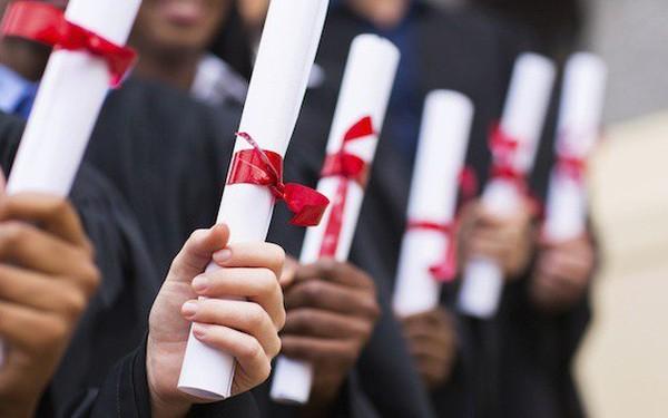 """Không bằng cấp, không quan hê, đâu là cách để những CEO """"thất học"""" leo cao trong nấc thang sự nghiệp?"""