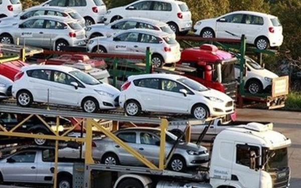 Sửa đổi điều kiện tạm nhập khẩu miễn thuế xe ô tô của đối tượng ưu đãi