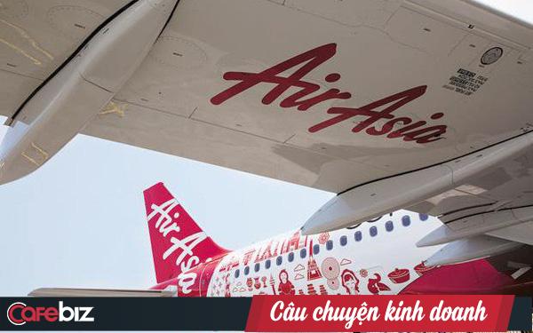 """Chiến lược thị trường ngách của AirAsia: Ăn tiệc từ những """"mẩu bánh mì vụn"""" bị các hãng bay khác bỏ lơ"""
