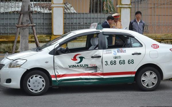 Lấy lý do bị các hãng taxi công nghệ cạnh tranh kiểu 'tận diệt', Vinasun lên kế hoạch doanh thu thấp nhất 8 năm, lợi nhuận thấp nhất 10 năm