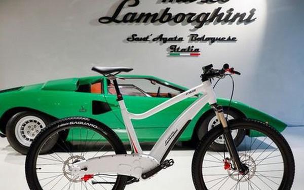 Lamborghini giờ đây tham gia cả vào thị trường xe đạp điện với hai mẫu xe phong cách