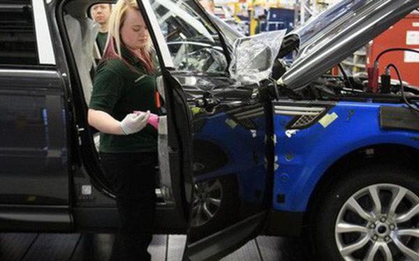 Doanh số sụt giảm, nhà sản xuất xe Land Rover sa thải 1.000 công nhân