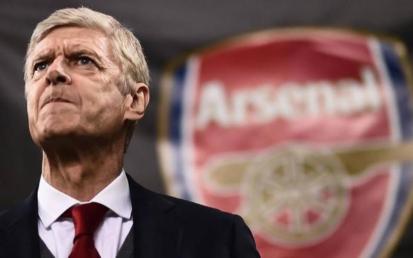 Arsene Wenger: Vị 'giáo sư bóng đá' giã từ sân cỏ