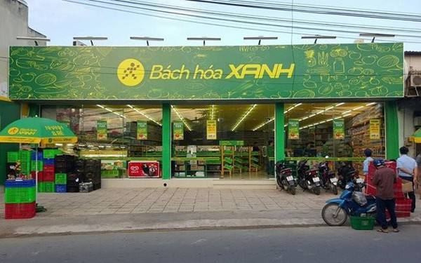Len lỏi kín đặc các ngõ ngách ngoại ô Sài Gòn, Bách Hóa Xanh bắt đầu tràn ra phố lớn