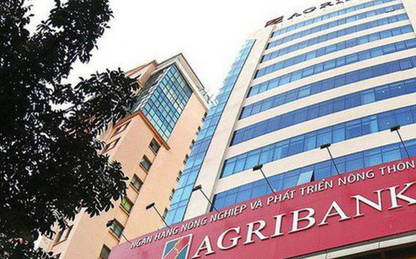 Tiền bốc hơi trong tài khoản: Agribank xác nhận ATM bị cài thiết bị sao chép dữ liệu