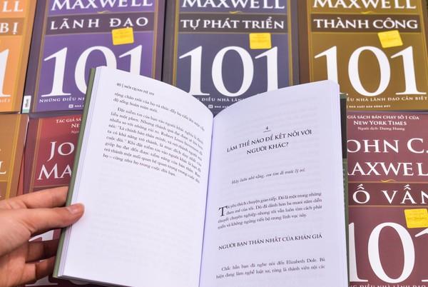 Tỷ phú tự thân Jeff Bezos và 8 bài học lớn trong lãnh đạo