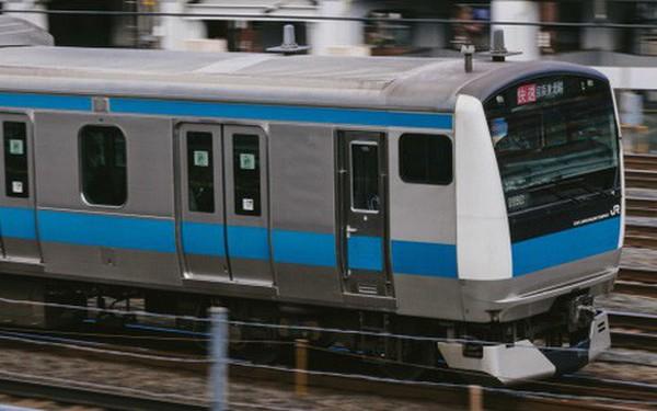"""Công ty đường sắt Nhật Bản xin lỗi người dân vì để tàu khởi hành sớm 25s, gọi đó là """"hành động không thể tha thứ được"""""""
