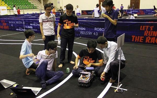 Chung kết cuộc thi lập trình xe tự lái dành cho sinh viên Việt Nam - Cuộc Đua Số chuẩn bị được diễn ra