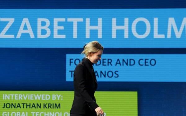 Elizabeth Holmes: Cuộc đời nữ tỷ phú từ 'trẻ nhất thế giới' đến trắng tay