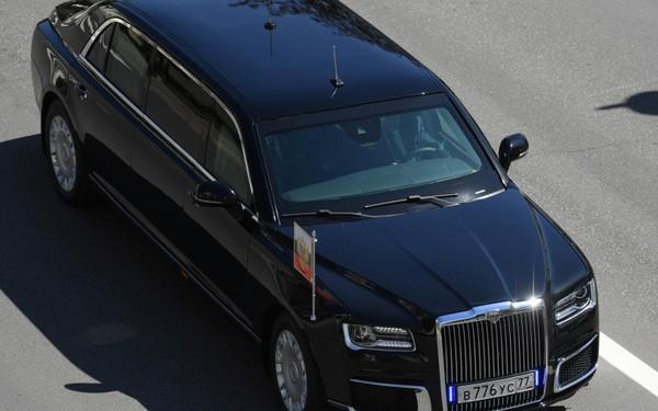 Chân dung chiếc limousine chống đạn đưa Tổng thống Putin đi nhậm chức