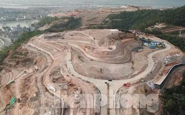 Tận thấy những ngọn đồi 'trọc đầu' vì dự án ở Hạ Long