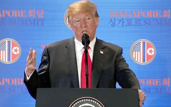 Tổng thống Trump: Tôi không ngủ suốt 25 tiếng qua nhưng nó xứng đáng