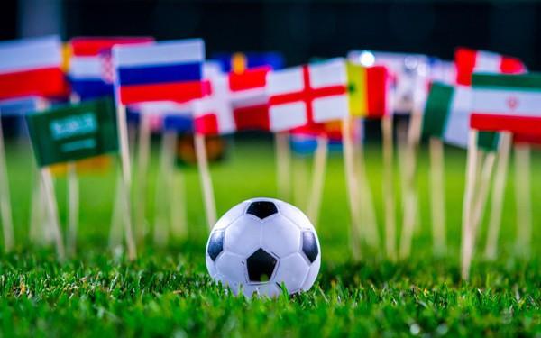 Anh: Dịch vụ thuê người làm hộ để xem World Cup giá 500.000 VNĐ mỗi giờ bùng nổ