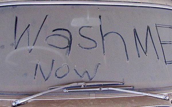 7 điều tưởng như bình thường nhưng sẽ khiến bạn gặp rắc rối ở Nga: Cấm mặc quần lót ren, lười rửa xe sẽ bị phạt tiền