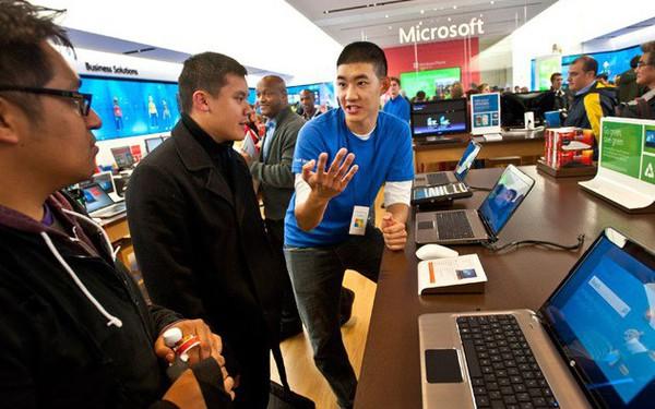 Bil Gates làm cách nào để khai thác tính chủ động của nhân viên Microsoft?