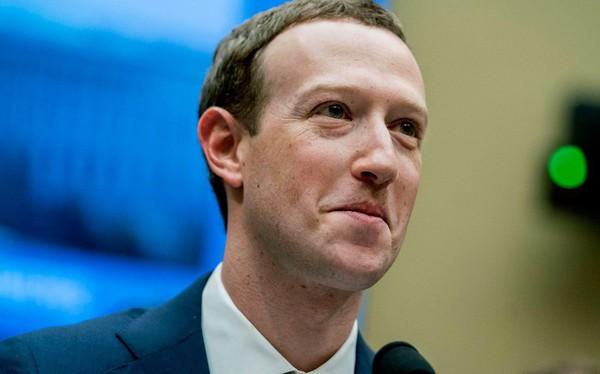 Trẻ hơn tới 50 tuổi nhưng Mark Zuckerberg sắp vượt Warren Buffett trở thành người giàu thứ 3 thế giới