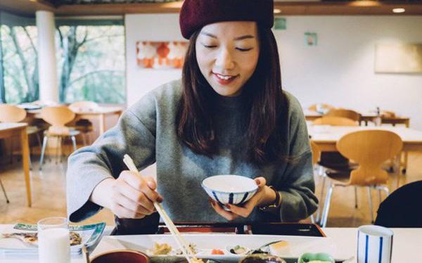 Học người Nhật cách giảm cân an toàn chỉ bằng việc thay đổi thói quen ăn uống trong ngày