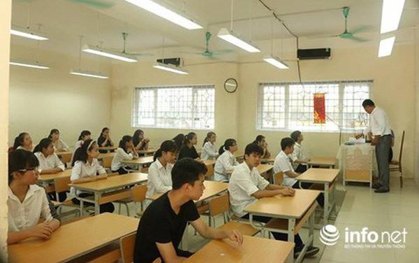 Sáng nay 95.000 thí sinh tại Hà Nội chính thức bước vào kỳ thi tuyển sinh lớp 10