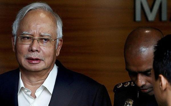 Cựu Thủ tướng Malaysia Najib Razak bị bắt