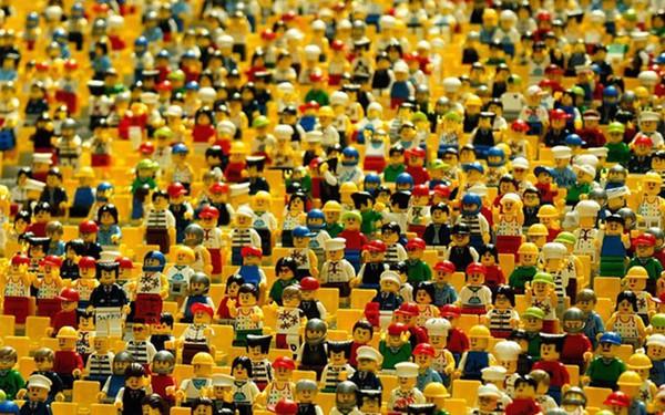 """Sự thật về marketing qua """"câu chuyện Lego"""" - thương hiệu đồ chơi được yêu thích nhất"""