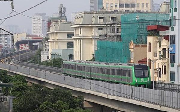 Tổng thầu tự ý in thẻ lên tàu đường sắt Cát Linh- Hà Đông có chữ Trung Quốc