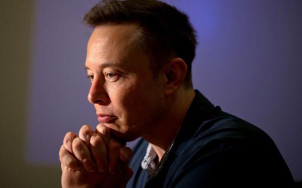 Chi tiết bài phỏng vấn nghẹn ngào trong nước mắt của Elon Musk để hiểu rằng làm doanh nhân giỏi thôi chÆ°a đủ, bạn còn phải là một người có tinh thần sắt đá