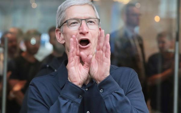 Apple vừa chính thức trở thành công ty 1.000 tỷ USD đầu tiên trong lịch sử nước Mỹ