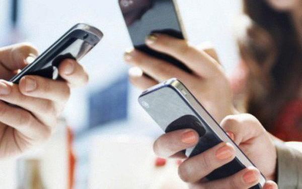 Viettel, VinaPhone, MobiFone lại bất ngờ đồng loạt tung khuyến mãi 50% cho thuê bao trả trước