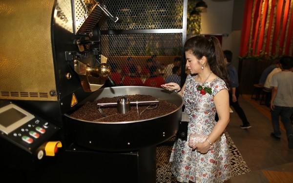 King Coffee của bà Lê Hoàng Diệp Thảo tấn công thị trường TP.HCM: Tuyên bố mở 1.000 cửa hàng, mục tiêu top 3 thương hiệu cà phê lớn nhất Việt Nam